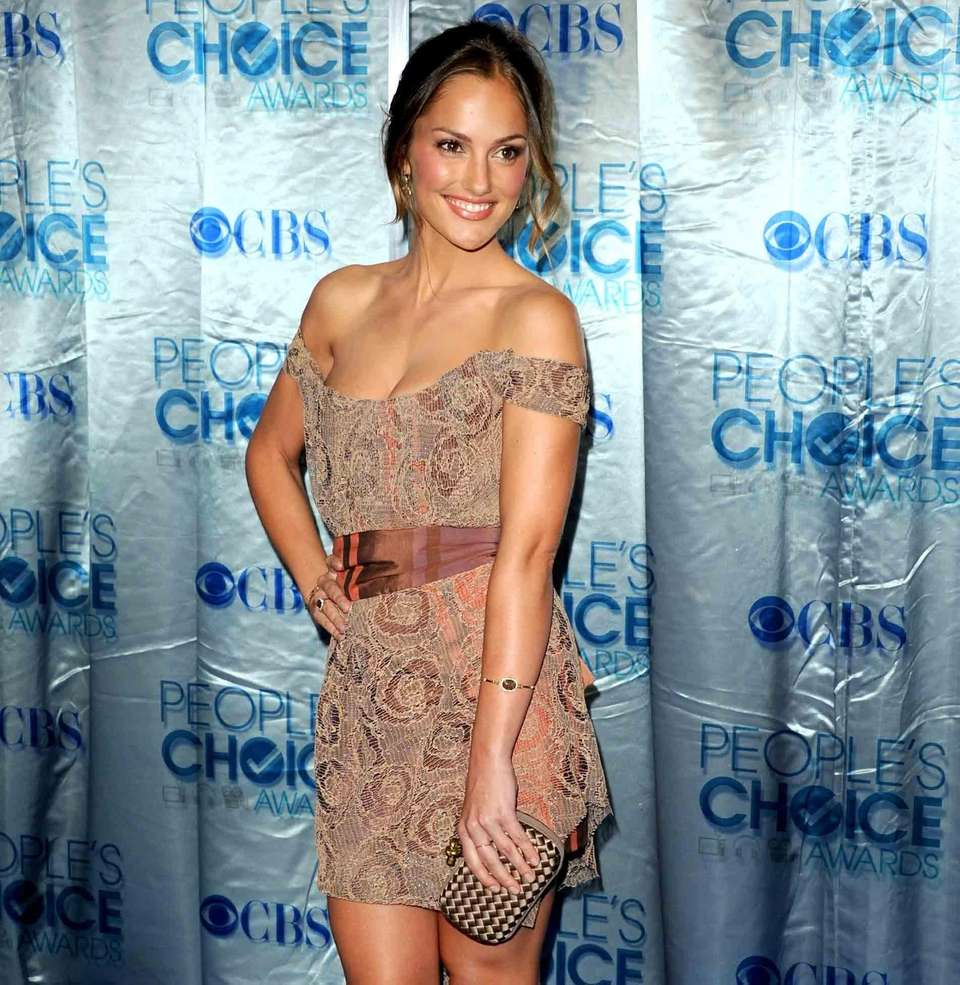 Actress Minka Kelly arrives at the 2011 People's