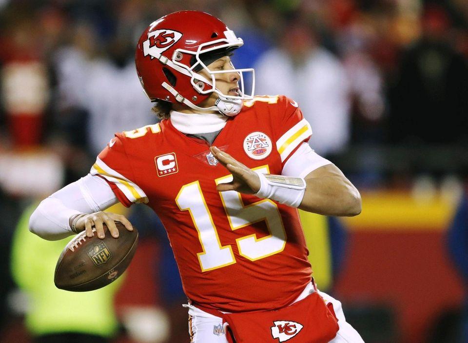 Kansas City Chiefs quarterback Patrick Mahomes throws a