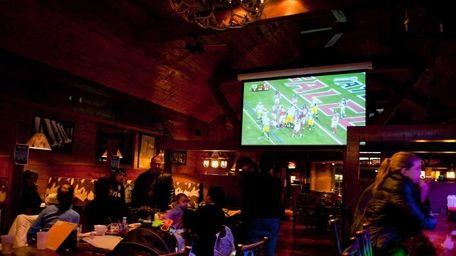 Hunter's Grill, Glen Cove