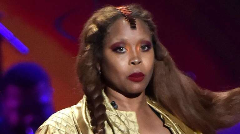 Erykah Badu performs onstage at the Soul Train