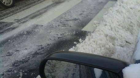 Standing snow was a challenge for car commuters