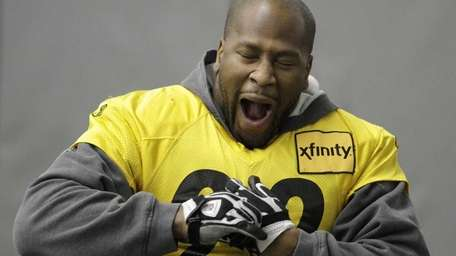Pittsburgh Steelers linebacker James Harrison (92) yawns during