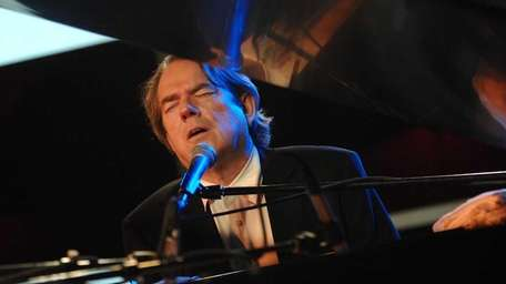 Musician Jimmy Webb onstage at the ASCAP Tribeca