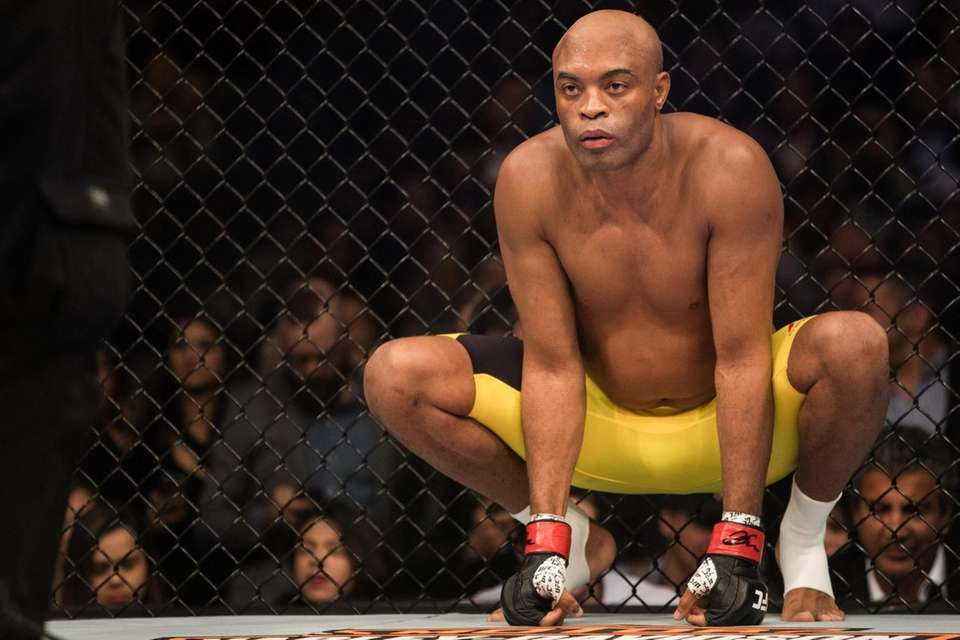 Middleweight Anderson Silva defeated Derek Brunson by unanimous