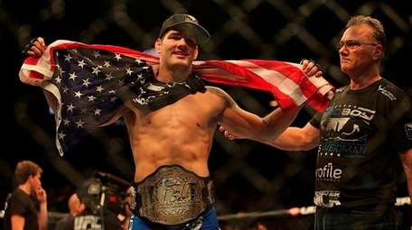 Chris Weidman became the new UFC middleweight champion