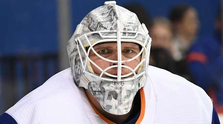 Islanders goaltender Robin Lehner against the St. Louis