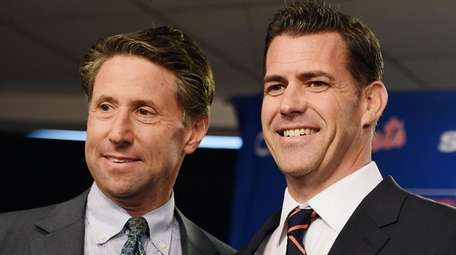Mets COO Jeff Wilpon, left, and general manager