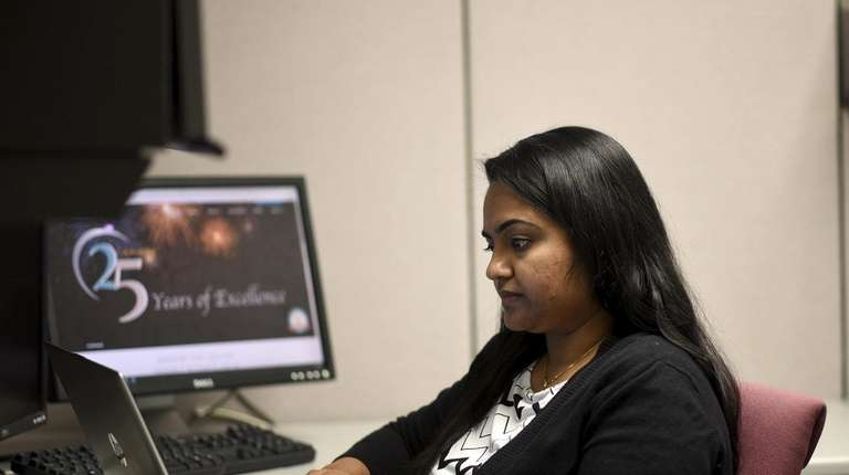 Akanxha Joshi is a business analyst at SVAM