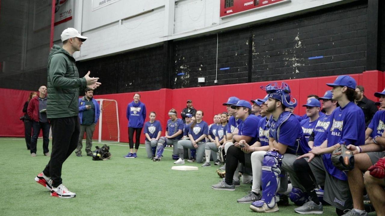 Former Mets third baseman David Wright went toLong