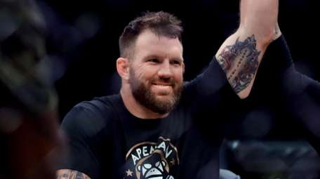 Ryan Bader celebrates his knockout win against Fedor