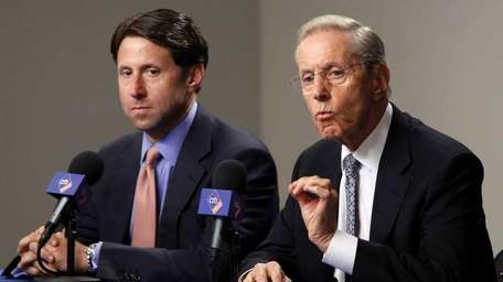 Mets owners Jeff and Fred Wilpon.