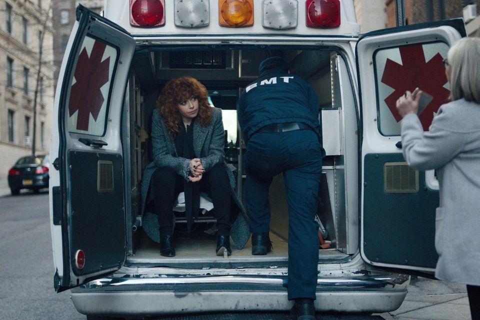 In this new Netflix series Nadia (Natasha Lyonne)