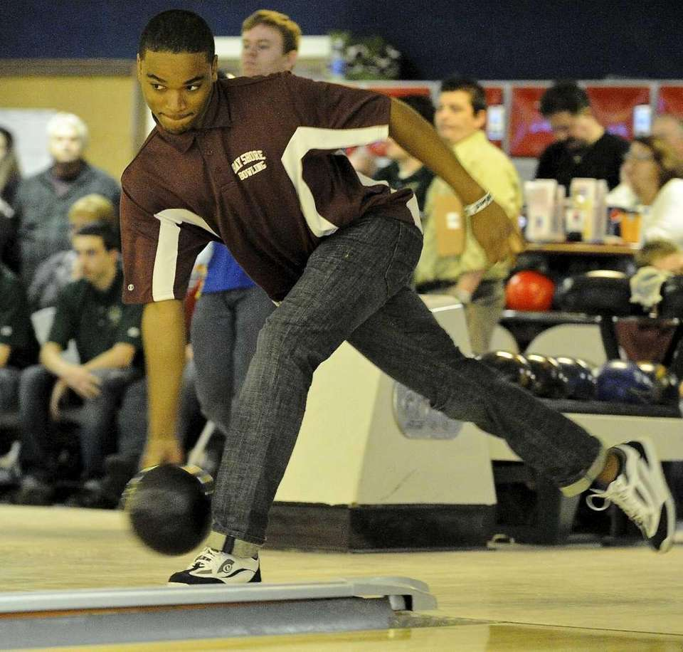 Bay Shore's Valone Saunds bowled a perfect score