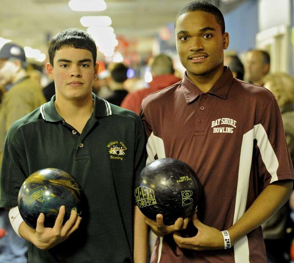 William Floyd's Jorge Ruiz, left, and Bay Shore's