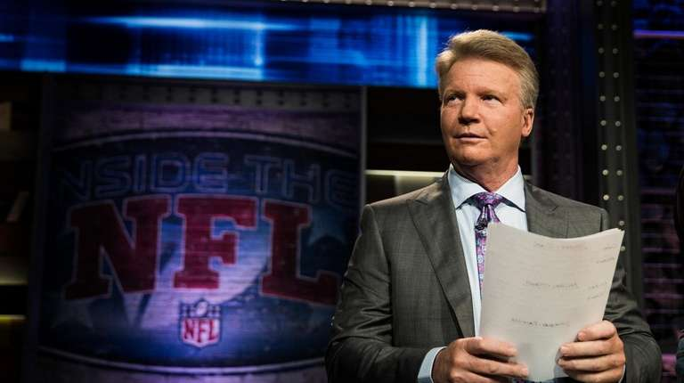 "Phil Simms on the set of Showtime's ""Inside"