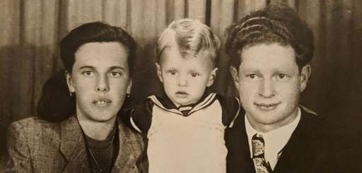 Sy Roth of Mount Sinai with his parents,