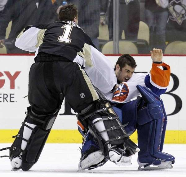 Rick DiPietro suffered facial fractures in a fight