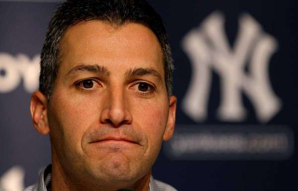 Yankees lefthander Andy Pettitte talks about his decision