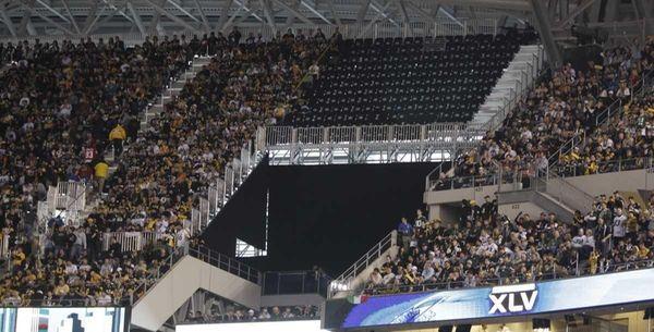 400 super bowl fans lose seats