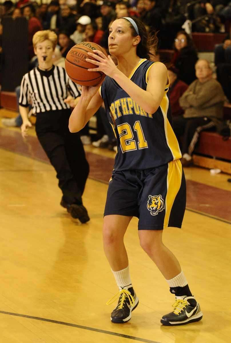 Northport's Kellie Cortina shoots and scores against Whitman