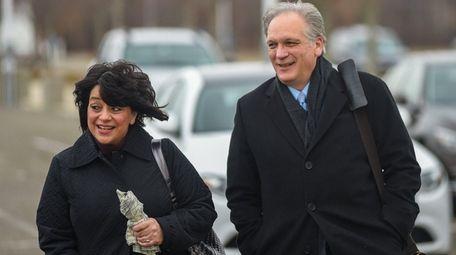 Linda and Edward Mangano arrive at federal court