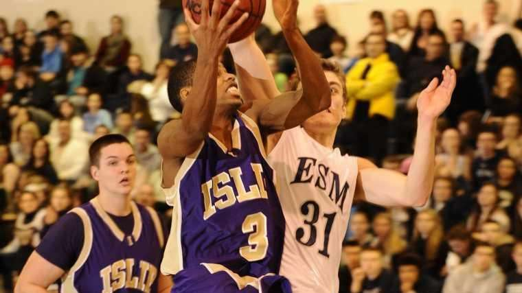 Islip's David Powell goes up for a layup