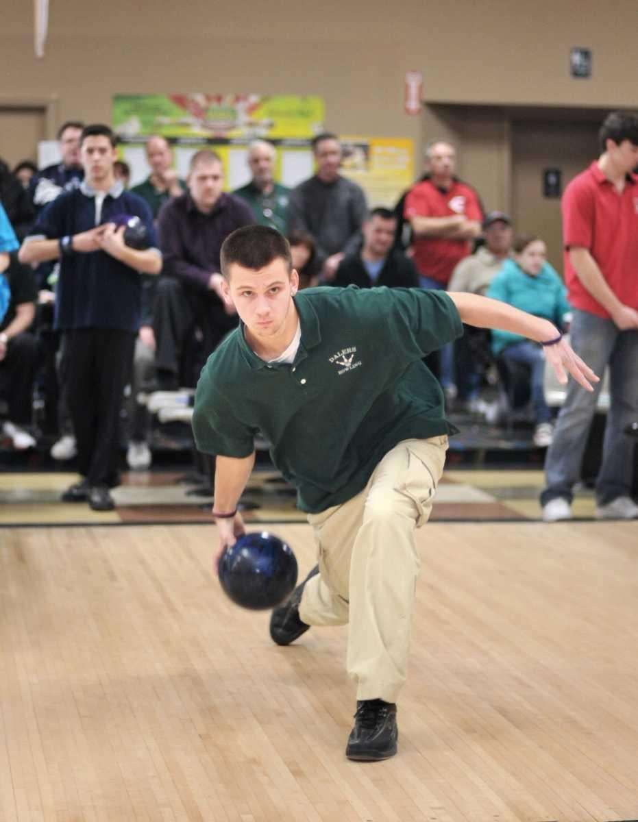 Farmingdale's Steven Harris, who took first place with