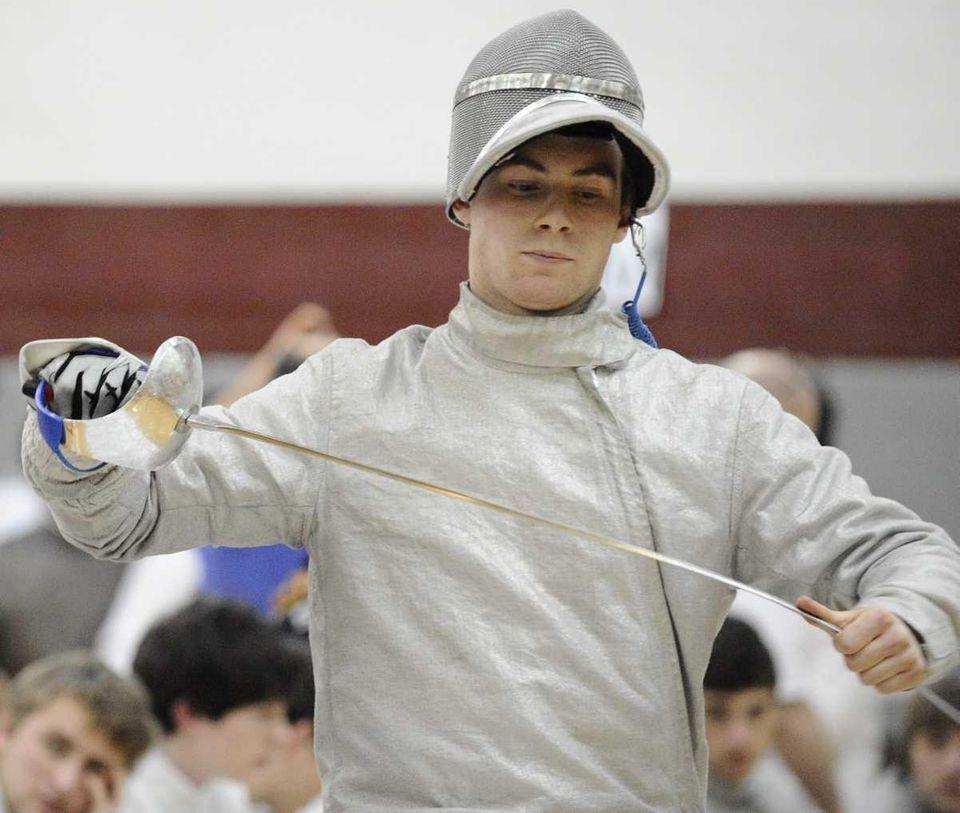 Oyster Bay's Matt LaRosa prepares for his sabre