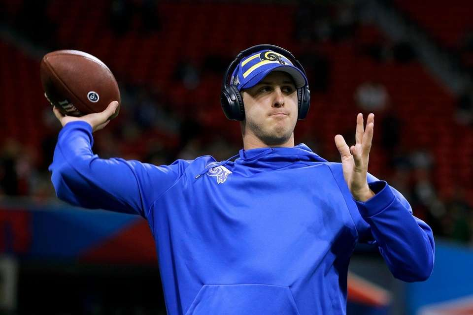 Los Angeles Rams' Jared Goff warms up before
