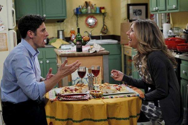 Jason Biggs and Sarah Chalke star in