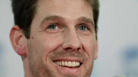 Philadelphia's Cliff Lee said he decided not to