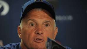 Mets manager Terry Collins addresses the media a