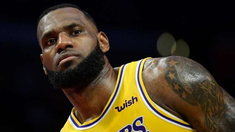 Lakers forward LeBron James stands on the court af2ba8923