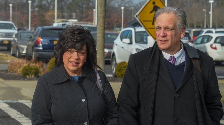 Linda and Edward Mangano arrives at federal court