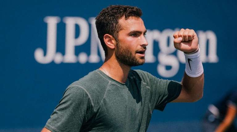 Noah Rubin plays against Mikhail Kukushkin in the