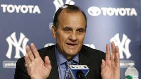 Former Yankees and Dodgers manager Joe Torre gestures