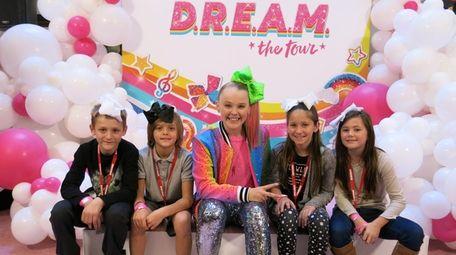 Singer JoJo Siwa with Kidsday reporters Zachary Lampert,