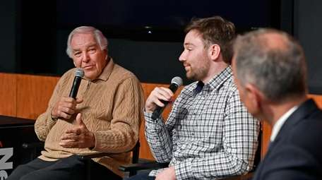 Former Mets player Ed Kranepool, left, speaks about
