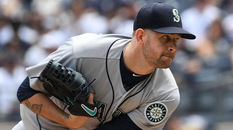 James Paxton delivers a pitch against the Yankees