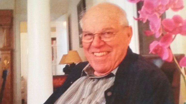 Ex-Newsday arts editor, columnist Joseph C  Koenenn dies