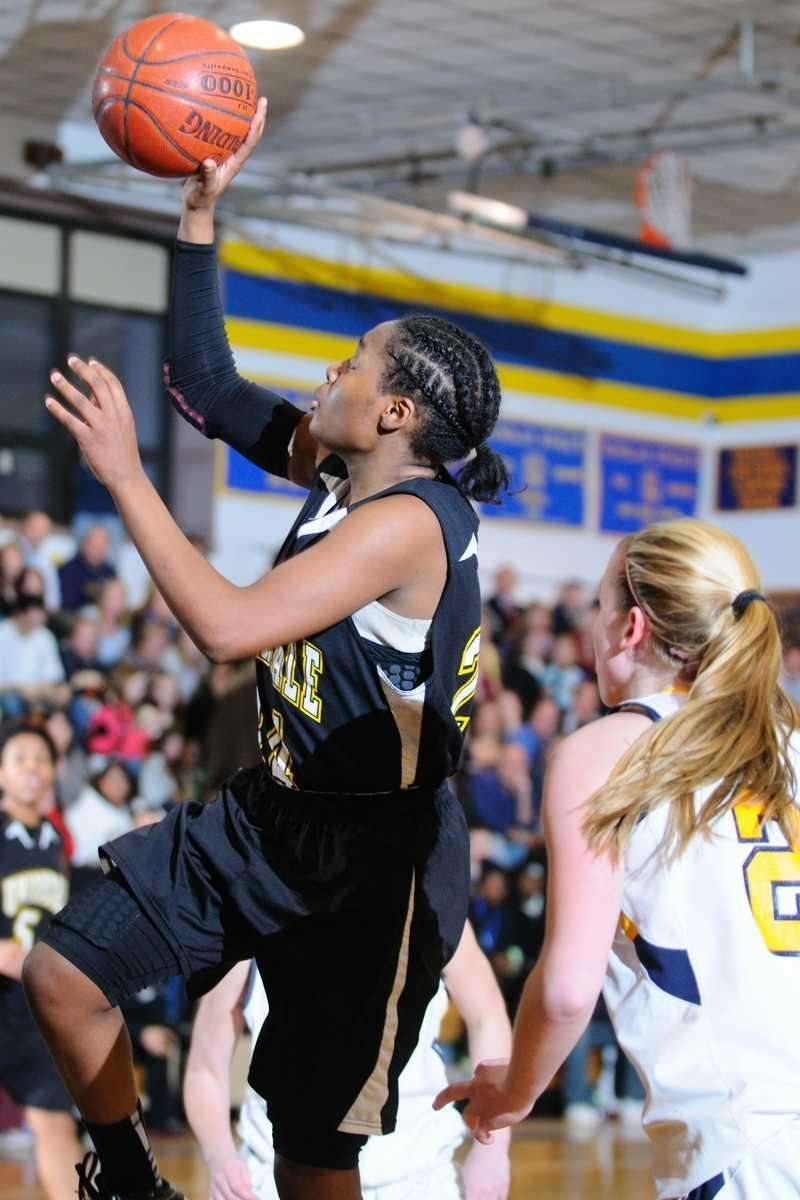Uniondale High School #24 Aliyah McDonald drive to