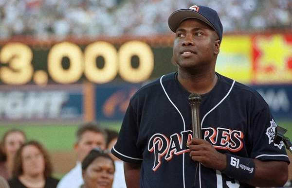 18) TONY GWYNN, 3,141 career hits 20 seasons,
