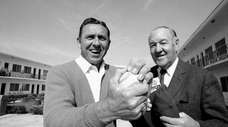 New York Mets manager Gil Hodges comes to