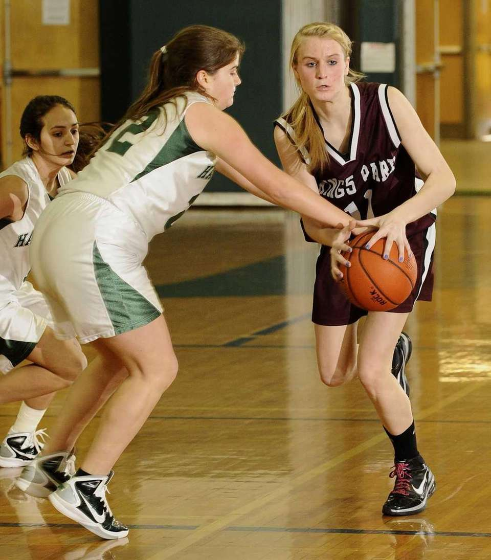 Kings Park's Marion Kawecki, right, and Harborfields' Sara