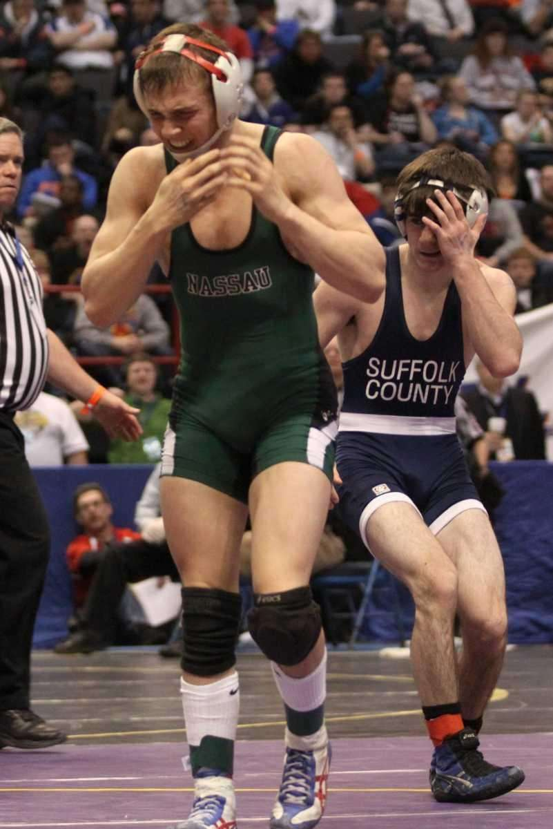 MacArthur's Chris Perez shows his frustration after losing
