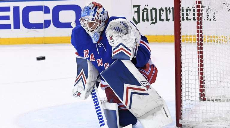 Rangers goaltender Alexandar Georgiev keeps his eye on