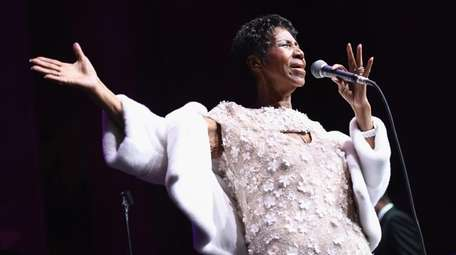 Aretha Franklin performs at the Elton John AIDS