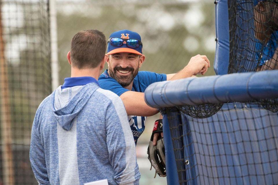 New York Mets GM Brodie Van Wagenen (left)