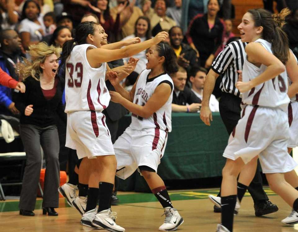 Deer Park celebrates after they defeated Copiague in