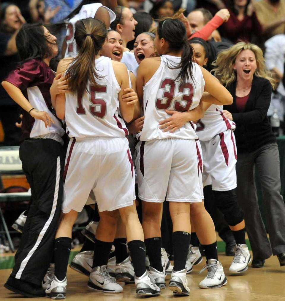 Deer Park celebrates after they defeated Copiague to